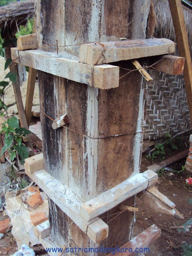 Proses Cor Tiang Kolom Beton
