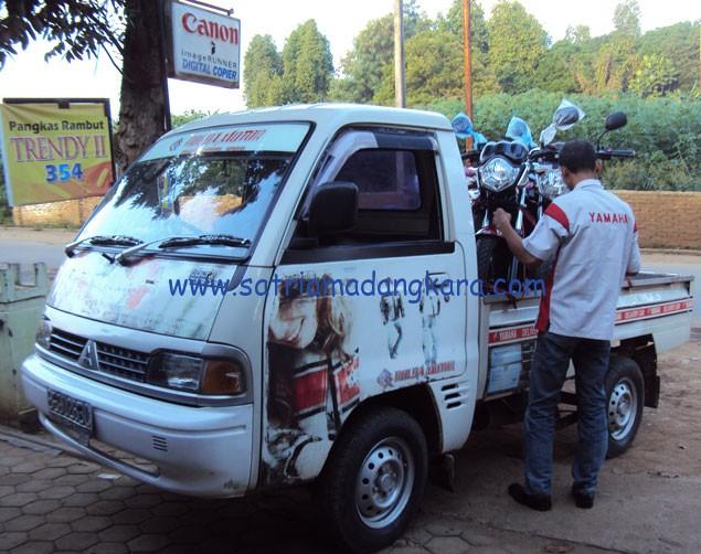 Motor Yamaha Byson Warna Hitam