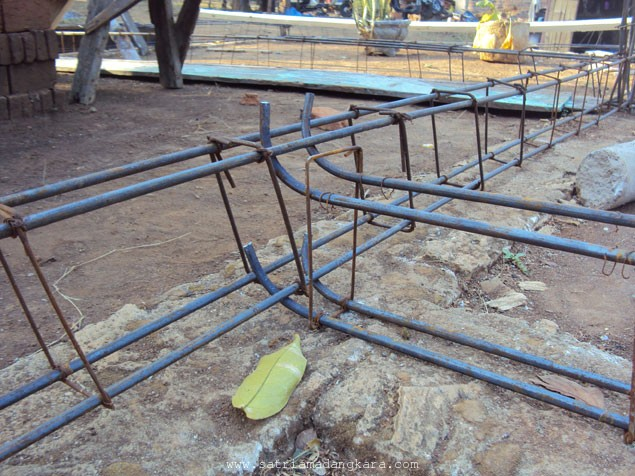 Proses Pekerjaan Pemasangan Besi Sloof