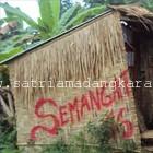 Grafiti Gubuk Material